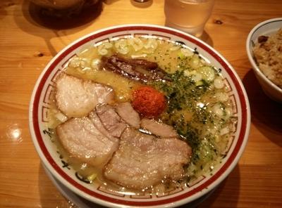 「山形辛味噌らーめん+ 特製肉めし」@田中そば店 秋葉原店の写真