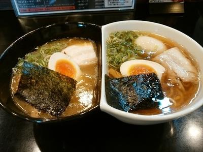 「左近VS幸村930円」@麺将 武士の写真