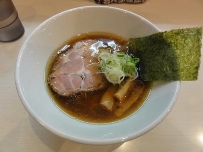 「らーめんしょうゆ」@麺屋 志縁の写真