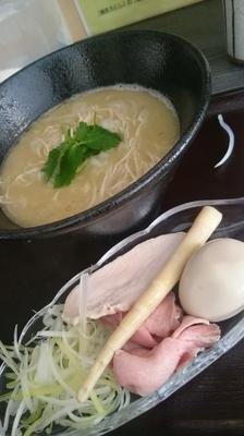 「奥久慈しゃもとさんま節の鶏白湯「味わいセット」950円」@麺匠えにしの写真