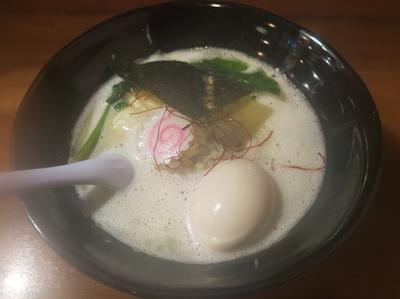 「鶏白湯ラーメン(塩)味玉:850円」@鶏ラーメン TOKUの写真