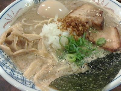 「ラーメン、味たま、替え玉」@麺や 庄のの写真