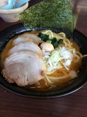 「味噌チャーシュー麺」@横浜家系ラーメン たくみ家の写真