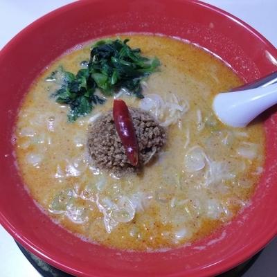 「担々麺(並辛)700円」@らーめん工房 赤まる 那覇店の写真