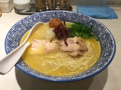「濃厚鶏白湯そば・白」@濃厚京鶏白湯 めんや美鶴の写真