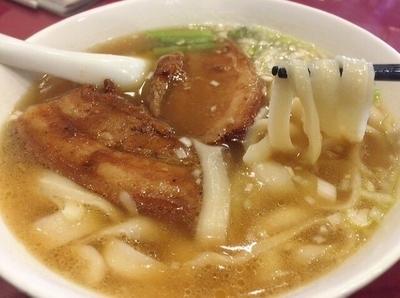 「牛バラ削麺(980円)」@四川料理 京華樓 別館の写真