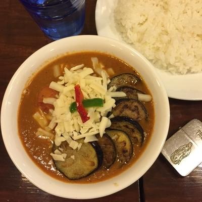「なすトマトチキン(8番)+チーズ」@curry 草枕の写真