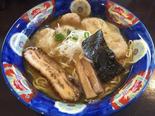 「肉ワンタン麺 ワンタン5個入り(ミックス):880円」@かつみの写真