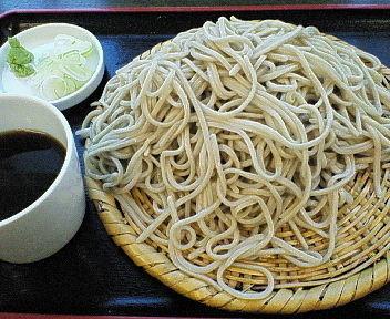 「(一日限定5食)十割そば・大盛(+200円)=1000円」@あきばの写真