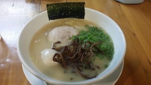 「らーめん+味玉」@ろく月の写真