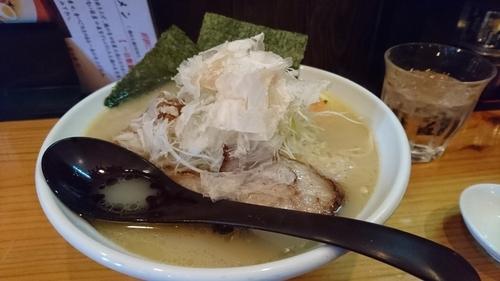 「鳥白湯白醤油」@麺や七福の写真