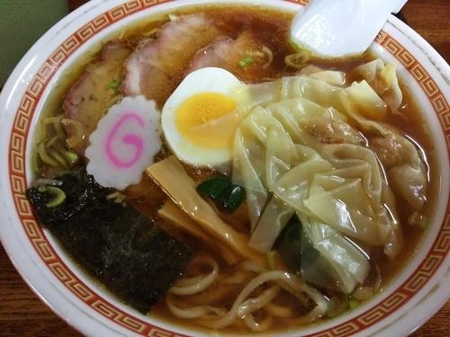 「チャーシューワンタンメン(1050円)」@手打ちラーメン 英の写真