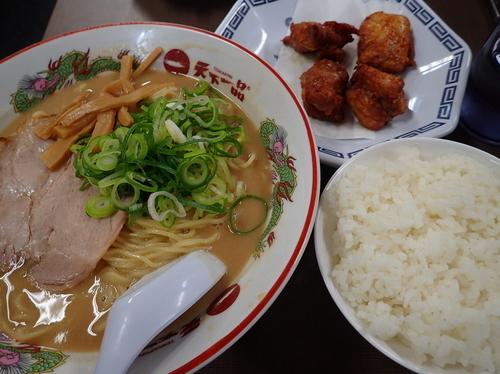 「こってり大 から揚げセット 麺硬め」@天下一品 錦糸町店の写真