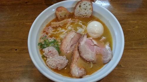 「鶏そば塩+味玉」@はりけんラーメンの写真