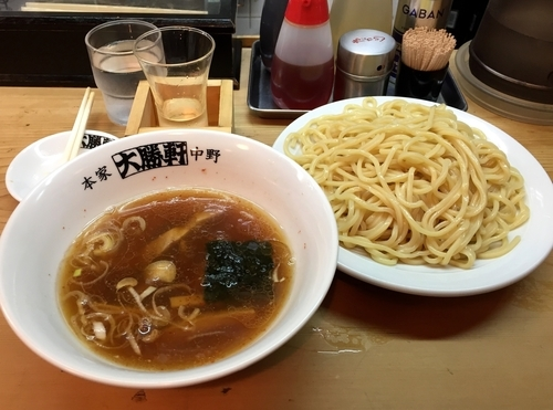 「日本酒(純米酒真野鶴)+つけそば中盛」@中野大勝軒の写真