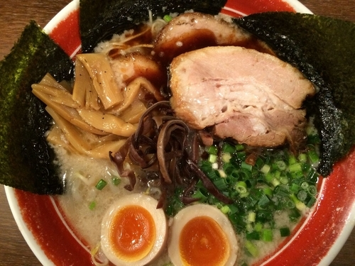 「新味全部入り 1000円」@ラーメン 麺や亮の写真