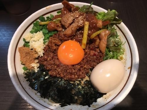 「味噌ホルモン台湾まぜそば+味玉」@濃厚担々麺 はなび 蟹江店の写真