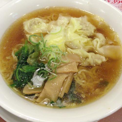 「シルキーポークのワンタン麺 599円(税抜)」@バーミヤン 太田内ヶ島店の写真