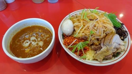 「濃厚辛つけ麺(780円)+味玉 ヤサイニンニク空あげ」@用心棒Ⅱ階の写真