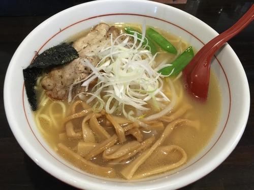 「塩ラーメン(中盛)」@麺 GAKUの写真