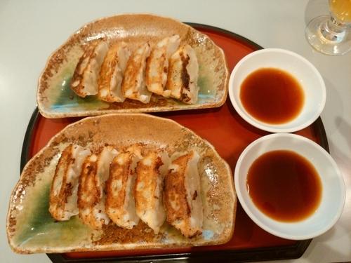 「餃子2皿」@京らーめん 糸ぐるま 高崎スズラン店の写真
