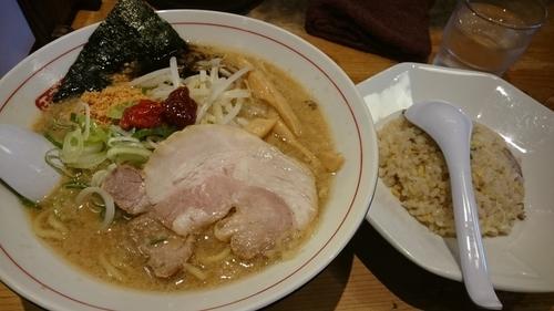 「のがほ 濃+半炒飯(950円)」@野方ホープ 目黒店の写真