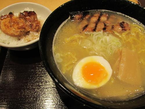「函館ホタテだし塩+ミニ豚丼 「853円+162円」」@ぶたいち レイクタウンmori店の写真