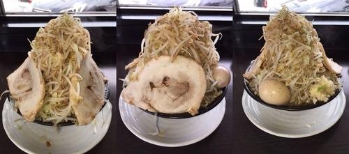 「野菜らーめん大盛り+ポイント券でチャーシュー+味玉。」@麺屋 一心の写真