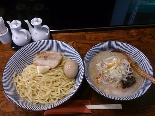 「つけ麺+味玉」@麺屋まるはなの写真