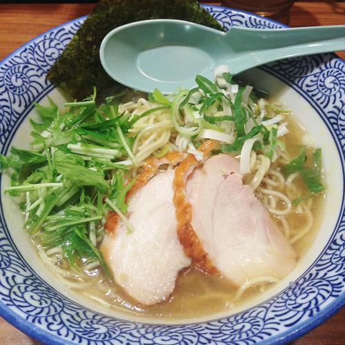 「冷やし鶏塩生姜ラーメン」@横浜家系ラーメン 壱角家 新宿5丁目店の写真