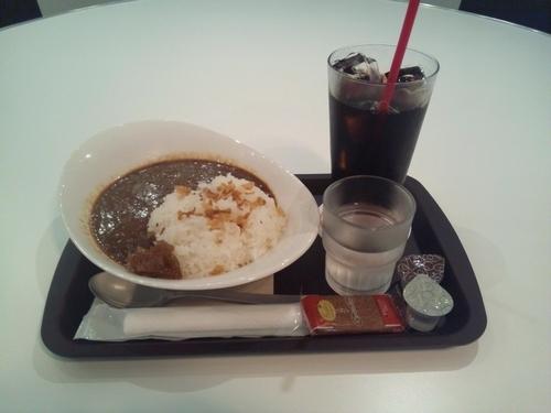 「ランチ数量限定カレー+アイスコーヒー」@チーパズカフェの写真
