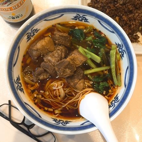 「四川風牛バラ肉つゆそば」@中国美食 唐苑酒楼の写真