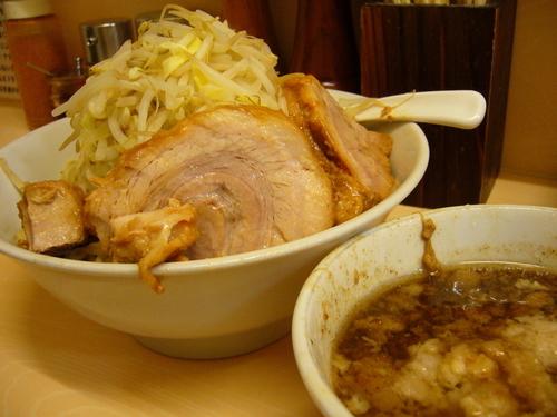 「豚骨魚介つけ麺 + アブラ」@自家製ラーメン 大者の写真
