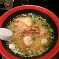 函館麺厨房 あじさい 新千歳空港1階彩店の写真