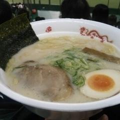 新潟秘蔵麺 無尽蔵 西武ドーム店の写真