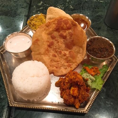 「ミールスBセット お肉のコース」@南インド料理 ダルマサーガラの写真