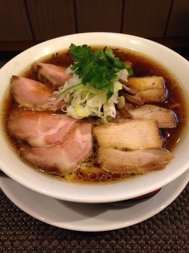 「らぁ麺  チャーシュー (太手揉み麺Ver.)」@麺庵ちとせの写真