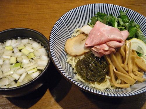 「煮干しつけ麺890円」@寿製麺よしかわ 川越店の写真