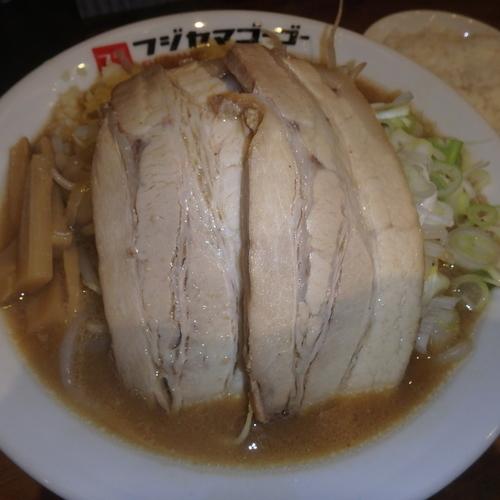 「小倉二郎(750円)(ニンニク)」@つけ麺・ラーメン フジヤマ55 小倉エキナカひまわりプラザ店の写真