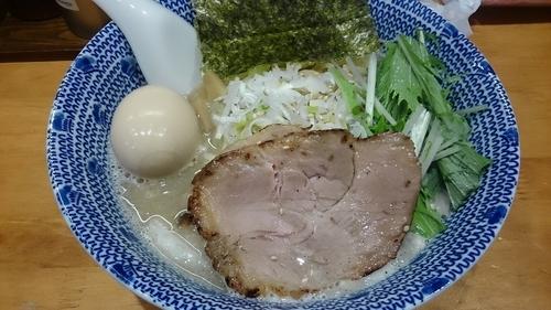 「塩ラーメン」@もんなか 〇心厨房の写真