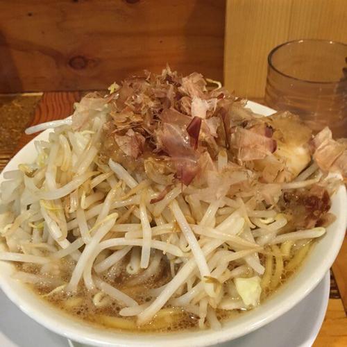 「ラーメン(並) 野菜増し、カツオ増し」@ラーメン・つけ麺 神起の写真