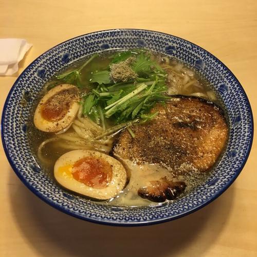 「飛魚濃いめそば」@必死のパッチ製麺所の写真