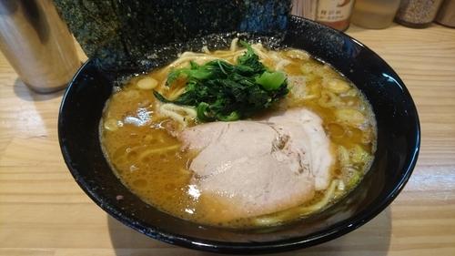 「ラーメン(麺硬め・味濃いめ)」@横横家 仙台店の写真