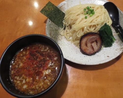 「つけ麺(辛スープ・中盛り)800円」@麺屋 はちどりの写真