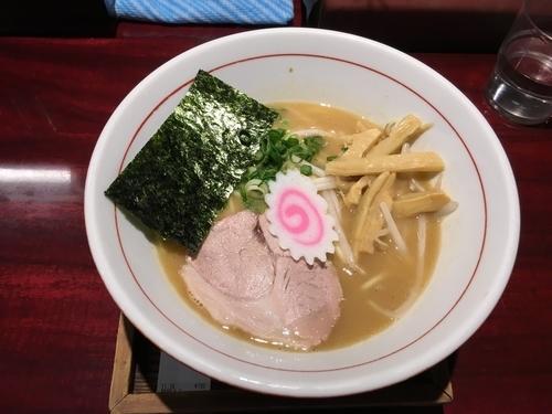 「鶏魚介らーめん」@麺屋まるの写真