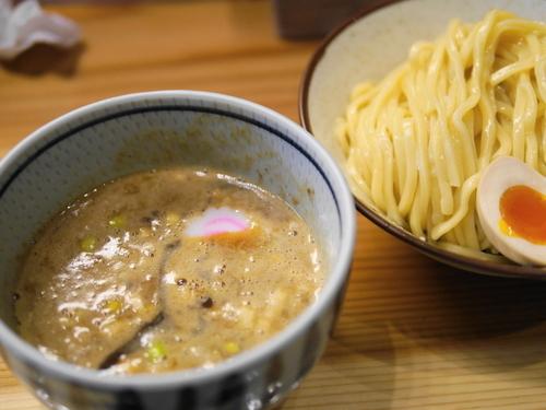 「濃厚つけ麺 中(300g)+サービス味玉」@銀座 朧月の写真