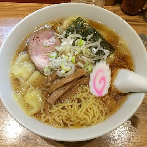 「ワンタンメン ¥600」@新雅の写真