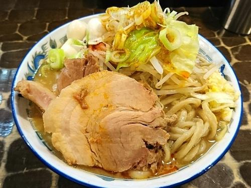 「【限定】豚そば +チャーシュー +ウズラ」@特級鶏蕎麦 龍介の写真