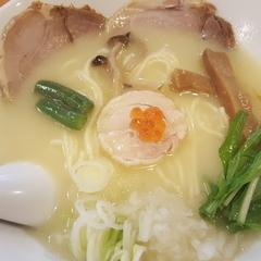 濃厚鶏白湯 麺屋雷神の写真