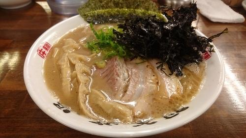 「らぁめん+岩海苔」@麺屋庄太 津久井浜店の写真
